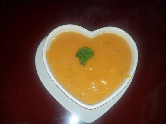 Katie's Kitchen: Homemade butternut squash soup!