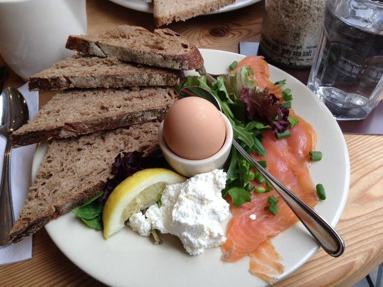 Le Pain Quotidien: Smoked Salmon with Organic Eggs, Local Fromage, Herbs