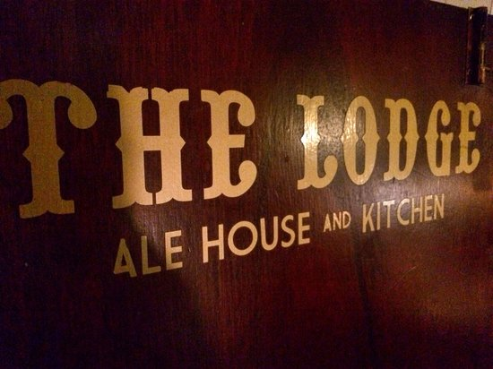 The Lodge - Ale House & Kitchen: The lodge