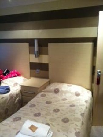 The Royal Boston Hotel : room
