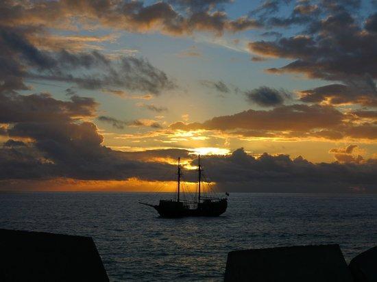 Portonovo Apartments: Sunset at Porto Rico Gran Canaria