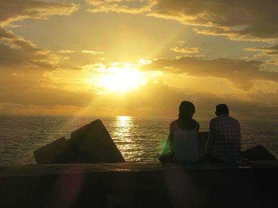 Portonovo Apartments: A romantic sunset at Porto Rico