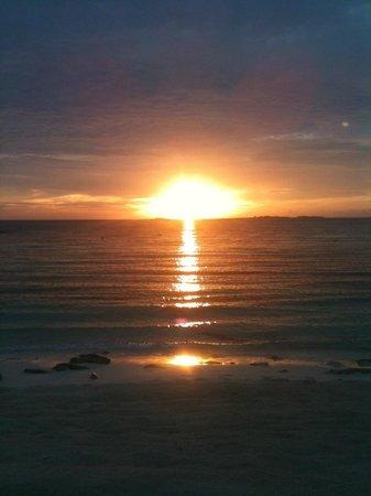 Sivananda Ashram Yoga Retreat: Sunset