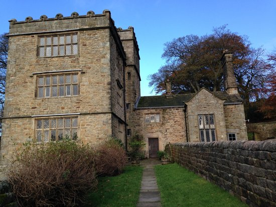 North Lees Hall: The entrance