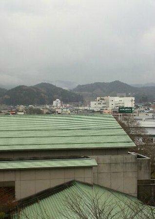 Takayama Green Hotel: 天領閣535号室からの景色(中央)