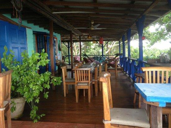 Tesoro Escondido: Dining area