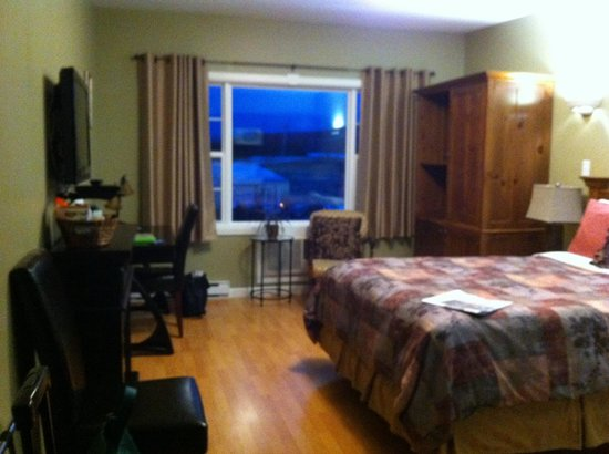 Antigonish Evergreen Inn: View from my door