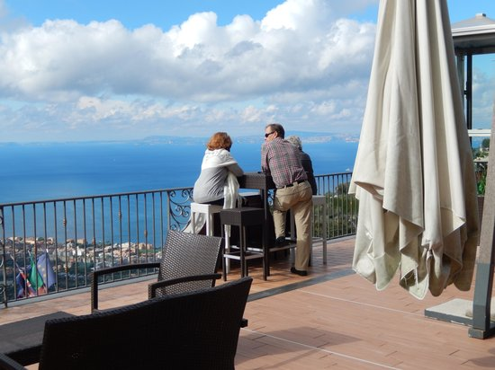 Hotel Prestige Sorrento : View from the upper deck.
