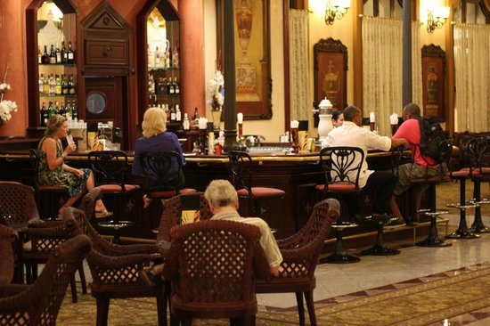 Hotel Riu Palace Punta Cana: Lobby bar