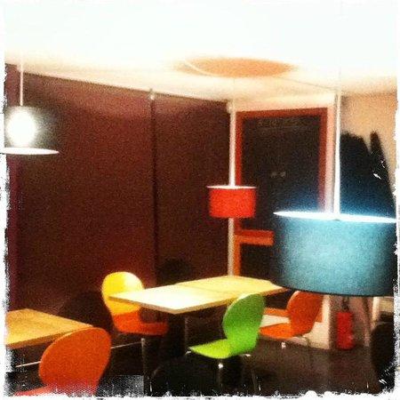 la petite epicerie a cote de la pharmacie embourg. Black Bedroom Furniture Sets. Home Design Ideas