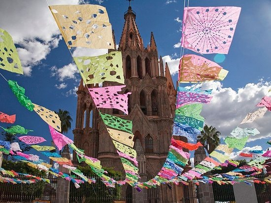 رانشو هوتل إل أتاسكاديرو: Parroquia San Miguel Allende