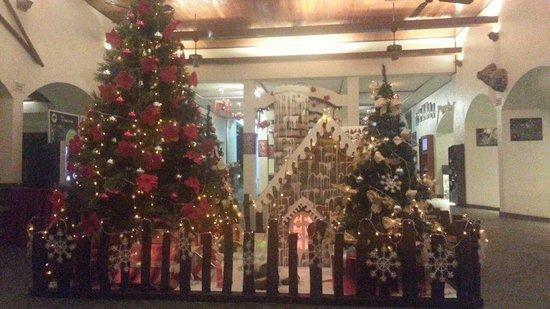 Sabah Hotel Sandakan: Nice place for celebrating christmas.  Affordable Christmas Eve Buffet Dinner price RM78++