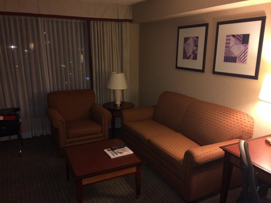 Hilton Vancouver Airport: Adjoining Suite. Corner Room. Nice Upgrade.