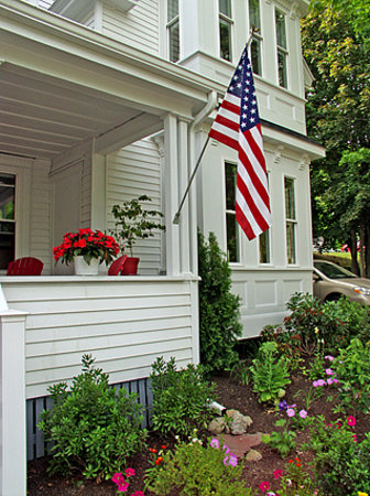 Bayberry House Bed & Breakfast: We Honor Those Who Served