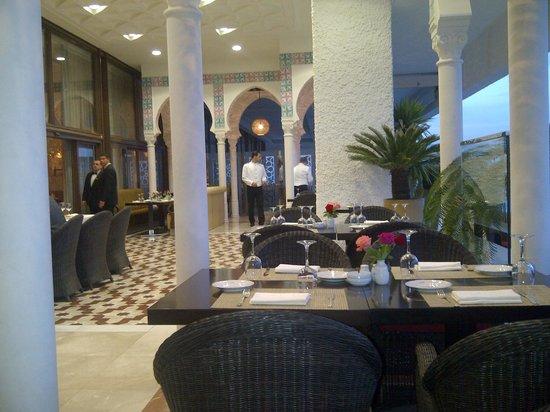 El Aurassi Hotel: Terrasse du Daqdaq