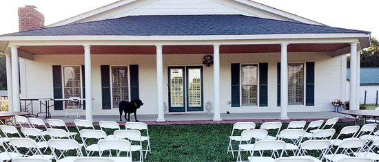 The Inn at Rosehill & Rosehill Stables: The front of Rosehill Lodge, Rosehill's Event Center