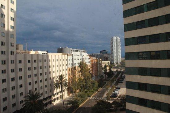 Hotel Alameda Plaza : Visão no oitavo andar do Boulevard em frente ao hotel.
