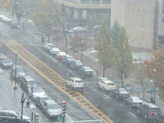 Capital Hilton: snow!