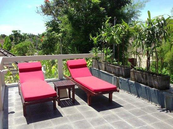 Kamuela Villas Seminyak: roof deck