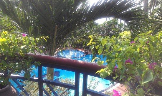 Mui Ne Resort by The SinhTourist: Бассейн