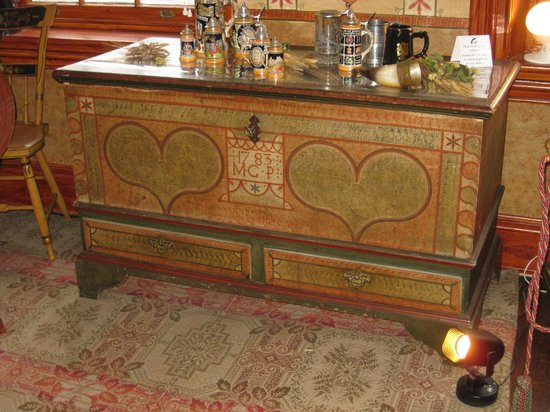 Kemerer Museum of Decorative Arts: Wedding Chest
