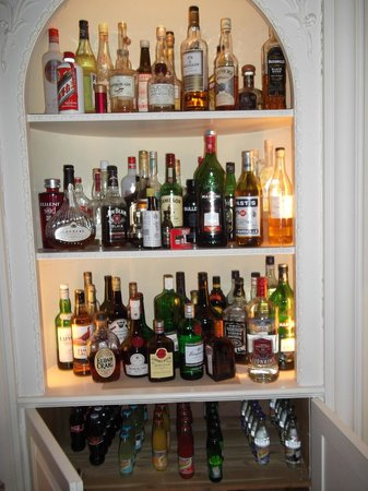 Sandwich, UK: The 'famous' drink cabinet...gutted no Bacardi!!