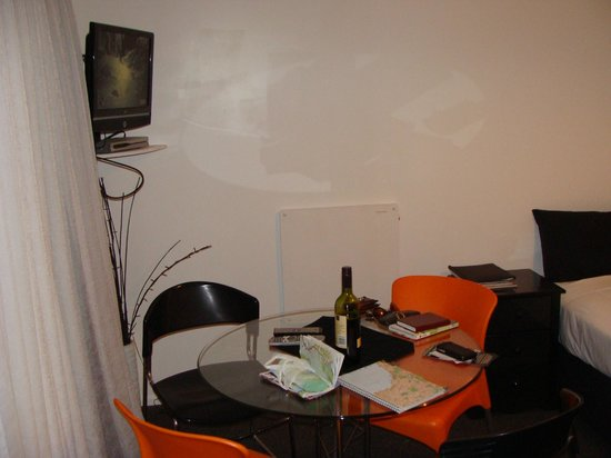 Mokau Motels: Living area