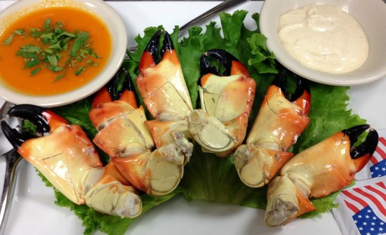 Doc Ford's Rum Bar & Grille Captiva : Stone Crab Season