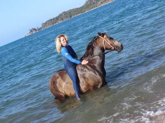 Horseshoe Bay Ranch: Me and Oaky in the sea, photo taken by our guide, nice touch :)