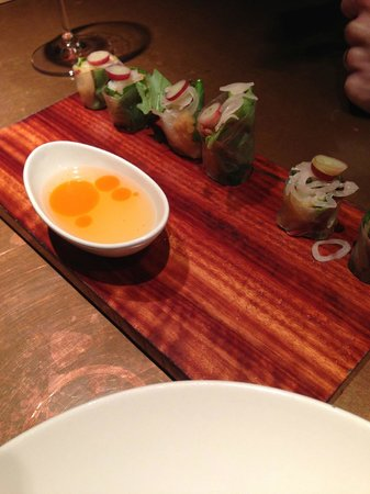 ... on top of sushi with chili oil dipping sauce - Photo de Uchi, Houston
