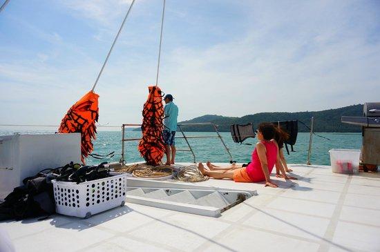 Sun Catamaran - Day Tours : Sun Catamaran