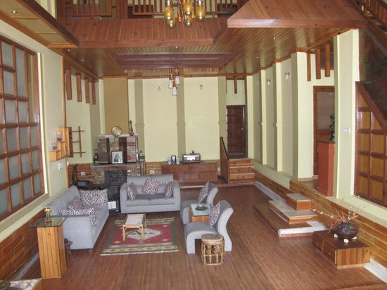Dwarika Residency Shelapani: The hall inside..