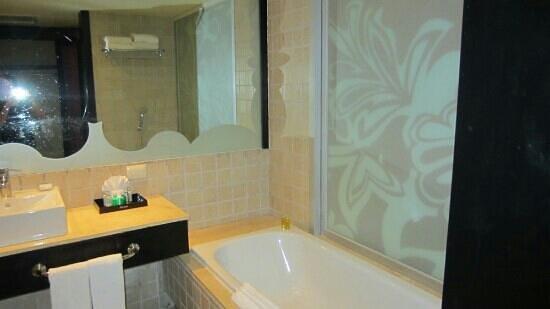Ocean Coral & Turquesa : salle de bain tres propre