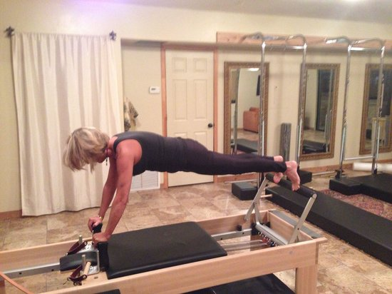 Uptown Pilates : Control Balance on the Reformer