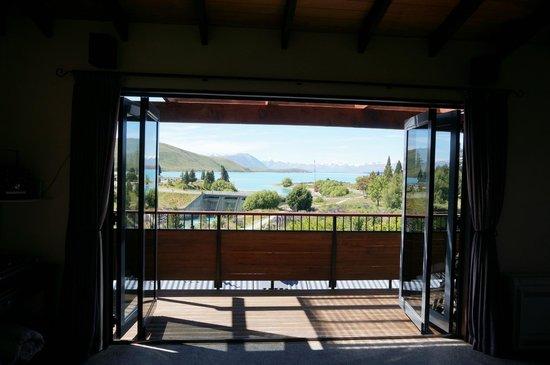 TekapoB2 Lakeview Apartment: balcony