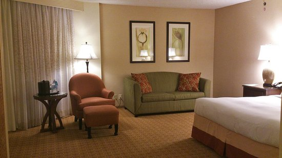 Seattle Airport Marriott: room photo