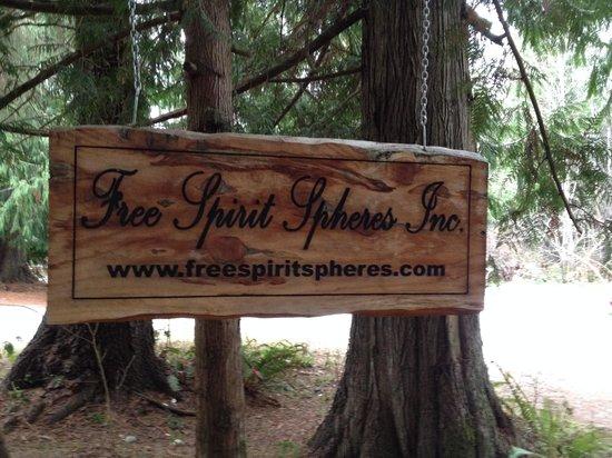 Free Spirit Spheres: Entrance