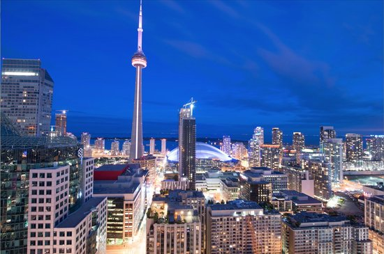 JJ Furnished Apartments & Private Suites Toronto: Skyline View