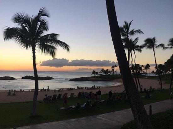 Marriott's Ko Olina Beach Club: Sunset near the beach