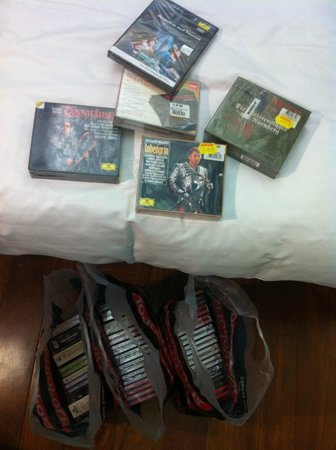 Periscope Hotel: 40 Opera CD's from Metropolis: Perfect Shopping Recommendation. Thank you reception!!!!!