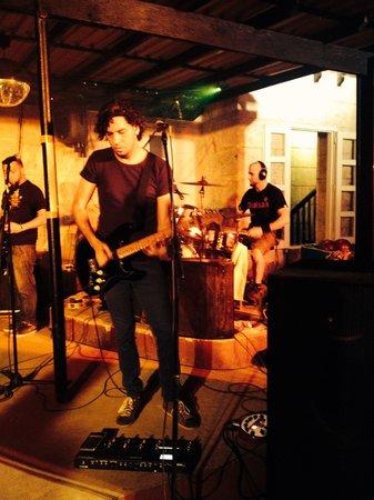 Beatles Bar: Great band!!