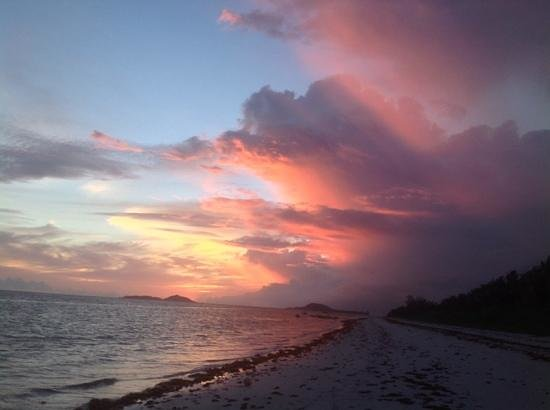 Ocean Jewels Resort: Praslin sunset