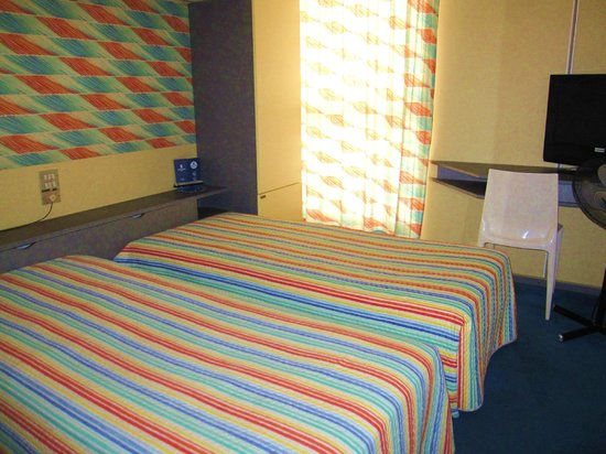 Hotel Victor Bari : 客室