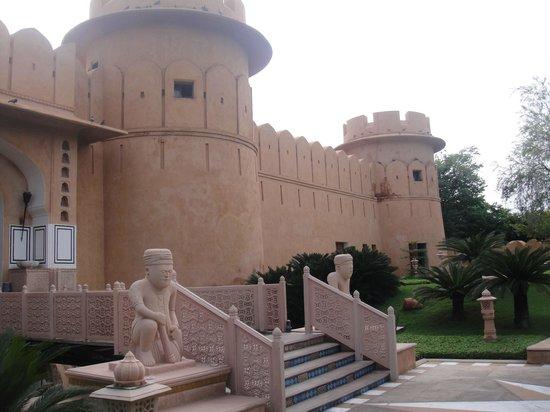The Oberoi Rajvilas : The Fort