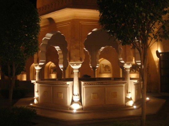 The Oberoi Rajvilas : Dining terrace