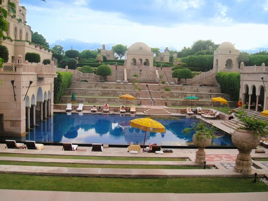 The Oberoi Amarvilas: Swimm pool