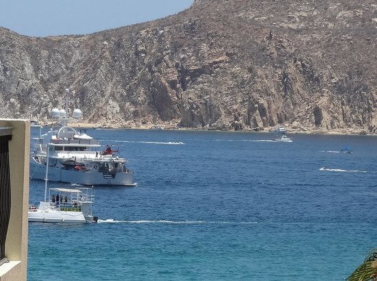 """Villa del Arco Beach Resort & Spa: towards the cape with the """"rich and famous"""" visiting boats"""