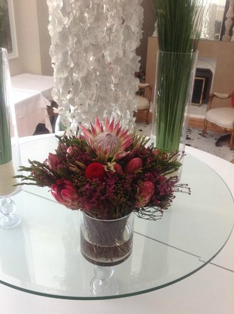 Glen Boutique Hotel & Spa: indigenous flowers