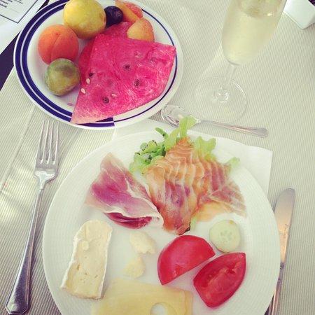 Hotel President : Завтрак
