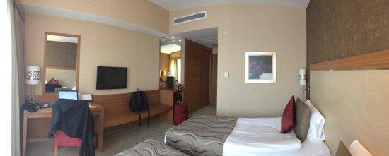 Demora Hotel: Room